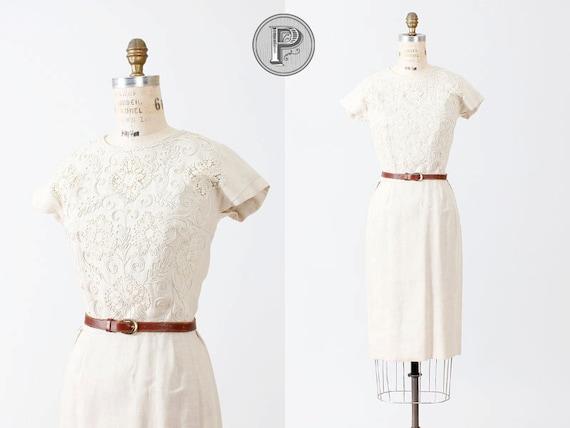 BLACK FRIDAY SALE 25% off // 1960s dress small / 1950s 60s wiggle dress irish linen : Oatmeal