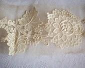 Reserved for rose 8 Lovely vintage lace flower appliques