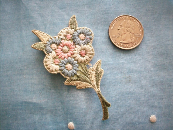 Hand done floral applique 1920s in pastels