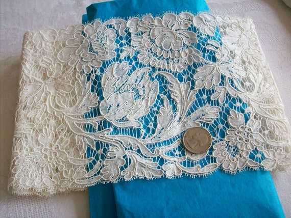 """24"""" of Antique french alencon lace trim in the most beautiful pattern"""
