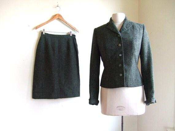vintage 1940's green tweed suit set, like new