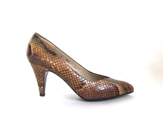 FINAL SALE / vintage 1980s snakeskin heels / sz. 6.5