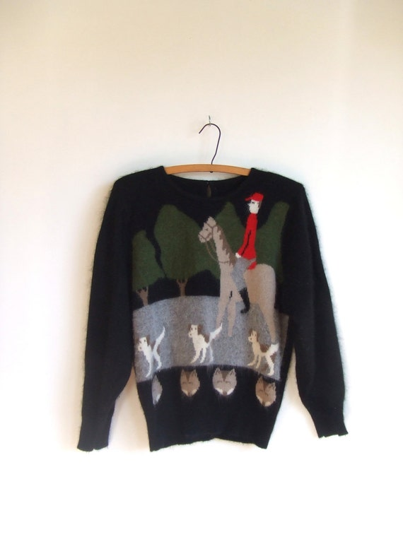 SALE////Vintage 1980s black angora sweater with hunting scene