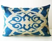 Sukan / SALE - SET 2 Silk Velvet Ikat Pillow Cover - 15x22 - Soft Hand Woven