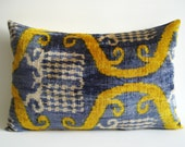 Sukan / SALE - Soft Hand Woven - Silk Velvet Ikat Pillow Cover - 15x22 inch - Green Yellow Blue Beige