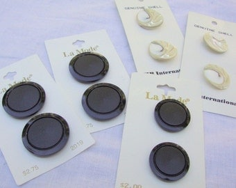 BUTTONS  -- lot of 5 cards-- genuine shell, black plastic