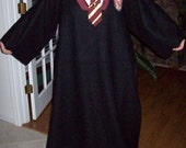 Gryffendor Harry Potter Style Snuggie / Blanket / Costume Robe / Slytherin / Hufflepuff / Ravenclaw / Hogwarts