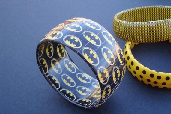 Batman Paper wrapped bracelet Black with Batman logo (MADE TO ORDER)