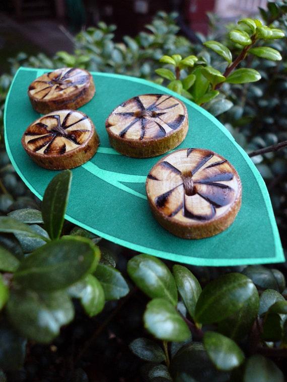 Organic Wooden Flower Buttons - Set of 4