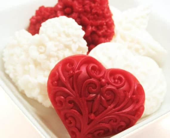 Red and White Decorative Sweetheart Soap Set - Heart Soap - Hostess Gift Decorative Soap