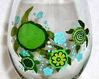 Turtle Wine Glass Hand Painted