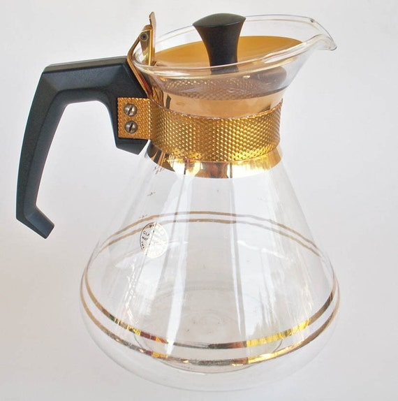 Vintage Gold Trimmed 8 Cup Pyrex Glass Coffee Carafe