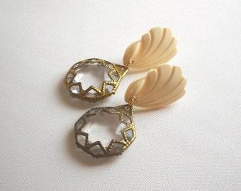 Romantic shell earrings, Long stud Golden Cream vintage style earrings