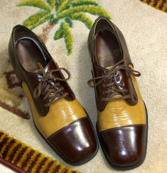 Vintage 1950s Men's ROBLEE Two Tone Patent Leather Dress Shoes - Size 9