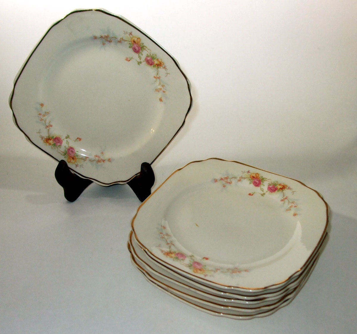 Vintage Set Of 6 1940s Harker Bakerite China By