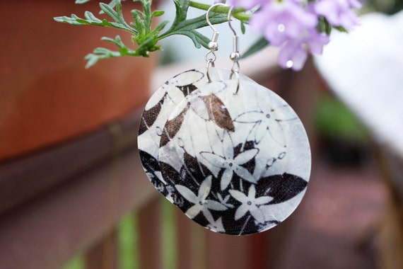 Black and White Capis Statement Shell Earrings