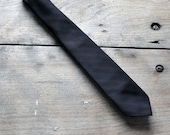1960s Black and brown striped tie
