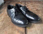 1970s 9 1/2 E mens black work shoes leather
