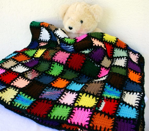Scrap yarn afghan colorful crocheted lap throw blanket shabby chic squares large bedding long stitches patchwork black edging border