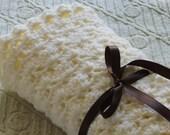 Off-white Little Shells car seat/stroller/travel baby blanket