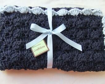 Crochet baby blanket - Baby blanket - Baby boy blanket Crib Size Navy Blue/Light Blue Shells blanket - Baby Boy shower gift