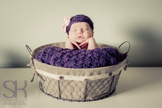 Baby Girl Shower Gift Set - Baby Girl Blanket - Crochet baby blanket Plum wine Shells and flower Hat - Photography props