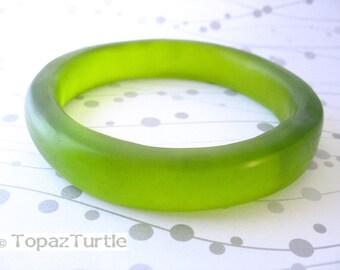 Green jewelry , green resin bangle , green bracelet , green rani bangle , lime bangle,  neon bangle,  thin bangle , stacking bangles