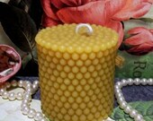Beeswax Pearl Style Covered Candle