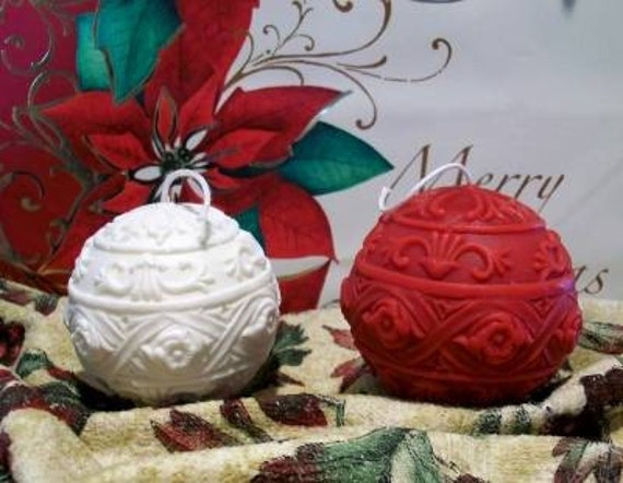 Beeswax Ball Ornament Candle