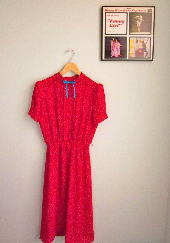 retro 50s dress SWEET red day dress frock with blue and white pattern mad men size l