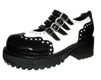 Vintage Muro Mary Jane Shoes Womens Black and White Leather Industrial Schoolgirl Chunky Buckle Brouge Shoes Wms US Size 5