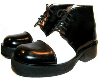 Vintage Mens Ankle High Boots Black and White Leather Suave and Debonair Steampunk  Mns US size 7