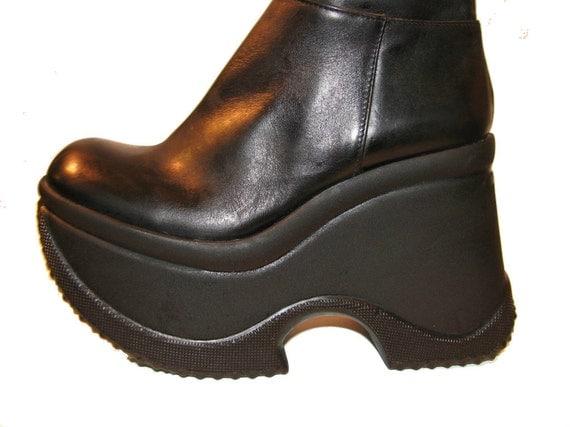 Vintage Soft Black Leather Knee High Cyber Glam Platform Boots size 6