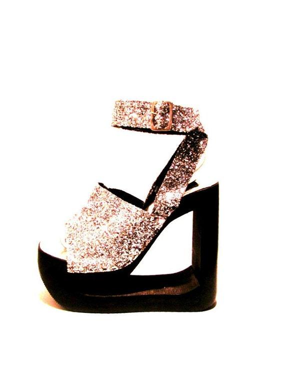 Vintage Silver Glitter Wood Bottom Platform Sandals size 7