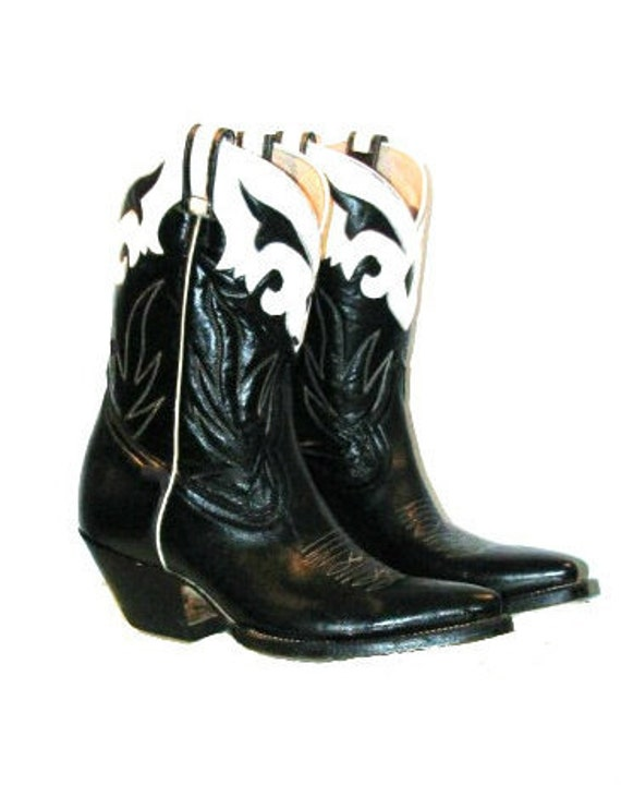 Reserved for BloodMilk: 1980's Vintage Rancho Loco Peewee Cowboy Boot Women's size 8