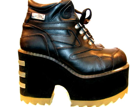 Vintage Platform Boots Cyber Glam Industrial Strength Burner Club Kid Black Leather Stack Shoes Wms size 6