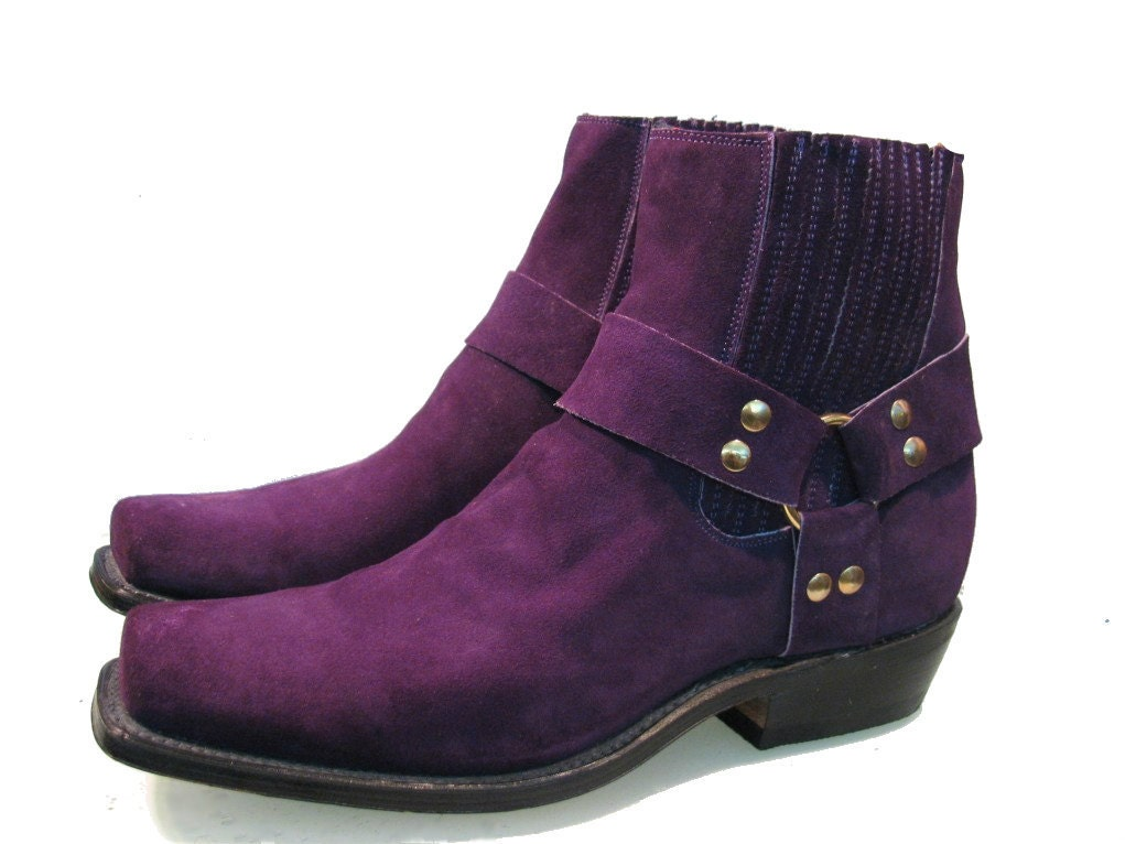 s purple suede ankle high harness boots size 9