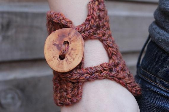 Autumn Spice crochet cuff/bracelet with big button closure - wide