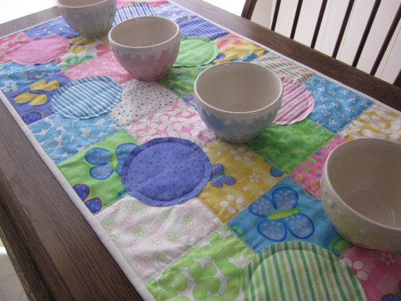Come Celebrate Summer Quilted Table Runner