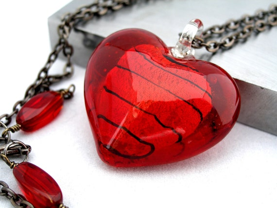 Red Glass Heart Pendant Necklace