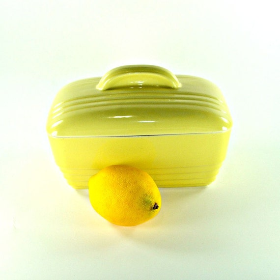 Vintage Hall Westinghouse Butter Yellow Refrigerator Covered Dish