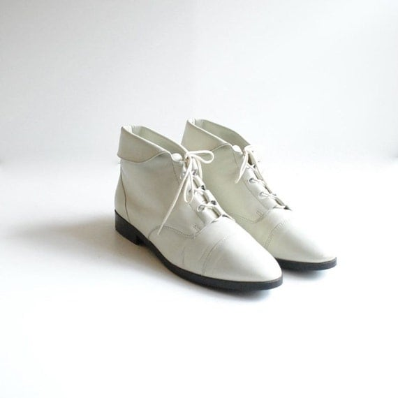 reserved... Ivory Ankle Boots Size 9  //  Lace Up Boots  //  PICK a BONE