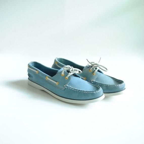 Boat Shoes Sz 8.5  //  Deck Shoes Size 8 1/2  //  MOODY BLUES