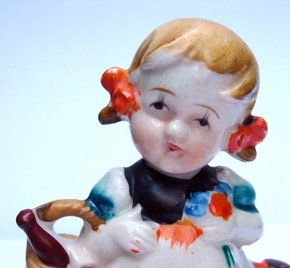 Little girl porcelain figurine - Made in Occupied Japan
