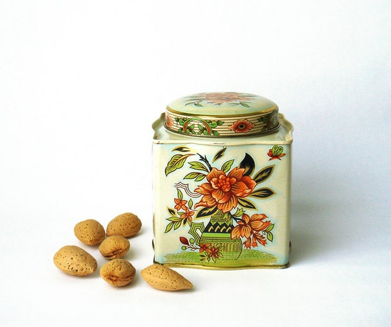 Vintage Daher Tin Container