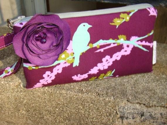 Joel Dewberry Sparrow Wristlet ... w/detachable flower ...