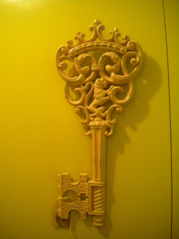 Wall Decor Keys : Vintage key wall decor