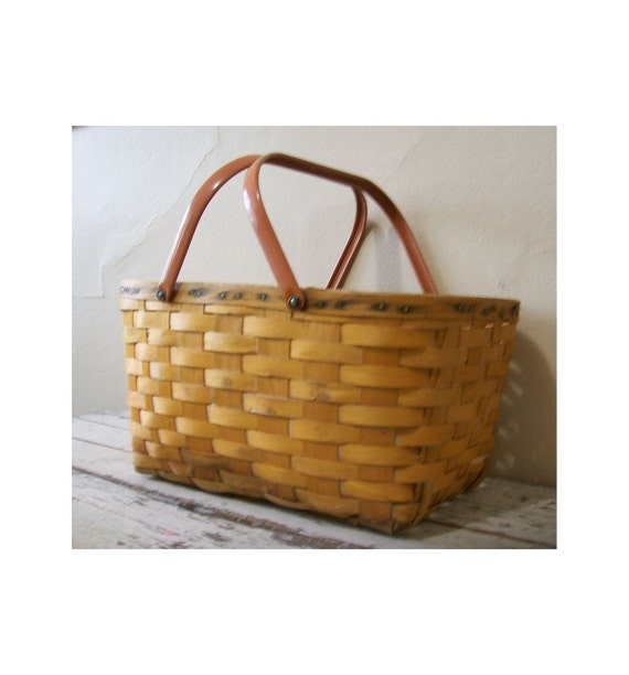 V I N T A G E - S A L E -Picnic Basket  - Cottage chic- Country - French Market