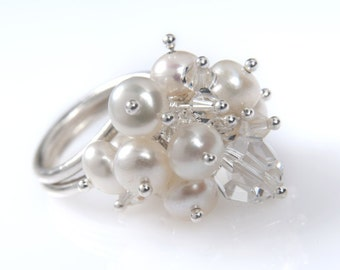 Pearl and Swarovski Crystal Kinetic Ring. Bridal Ring. Adjustable Silver Ring. Statement Ring. Anniversary Gifts Idea. Easter gifts for Her