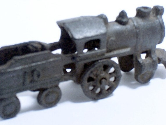 Nycrr Cast Iron Train: Antique Cast Iron Train Locomotive Toy Collector Train